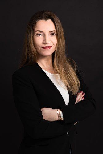 Frau Bayrak - Augenklinik Westfalen